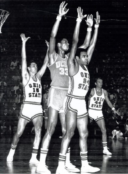 Ed Smith Guarding Lew Alcindor